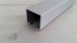 YE-025-10 Горна релса, алуминий, 3 метра